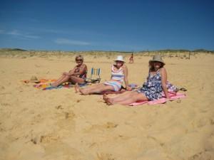 Beach us