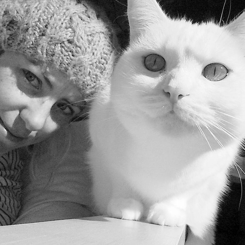 Me and ma enjoying the sun. Hope you're having a great Caturday! #Caturday #whitecatsofinstagram #daily_CATegory #catoftheday #furbaby #instacat #ilovemymum #meow #whiskers #love #saturdaymeowning #saturday #weekend #catswithpersonality #whitecat